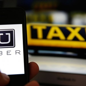 Massachusetts to begin Uber, Lyft driver background checks