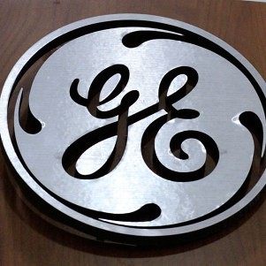 Feds to test financial aid for unorthodox Northeastern, GE programs