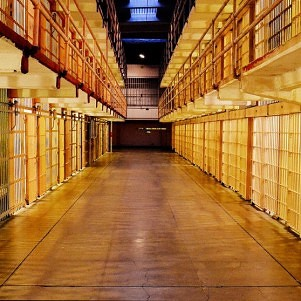 Socialists Call For Abolishing Prisons