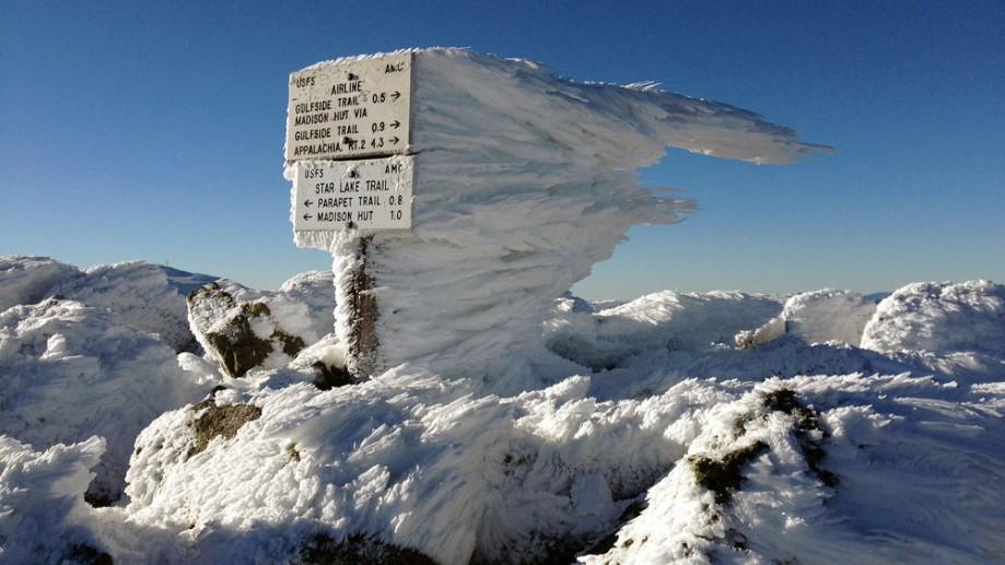 Clouds Form Stunning Ice Kingdoms Atop N H Mountains Newbostonpost