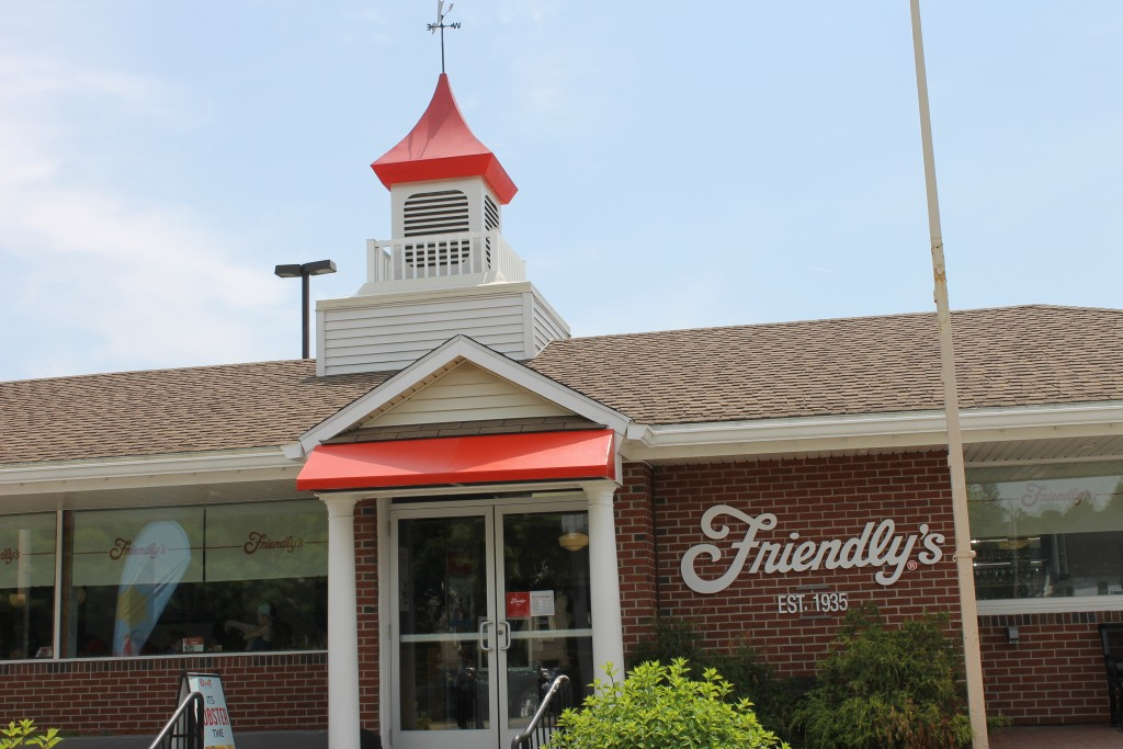 Friendly's restaurant in Augusta, ME (Billy Hathorn)