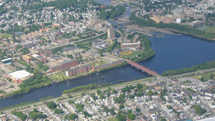 An aerial photo of the UMass-Lowell campus (Wikipedia)