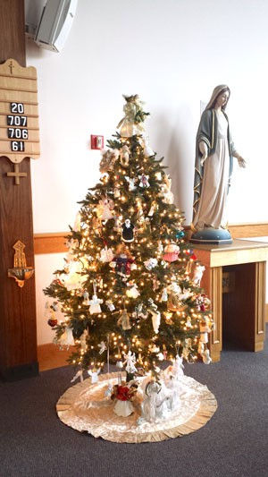 Giving tree at St. Anthony/St. Mary (joint parishes) (NewBostonPost photo by Mary McCleary)
