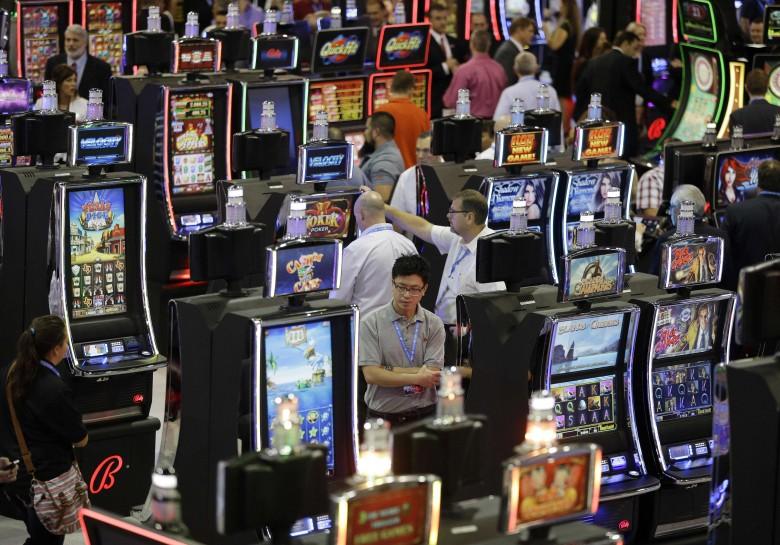 Mass gambling bust exposition baccarat 2016
