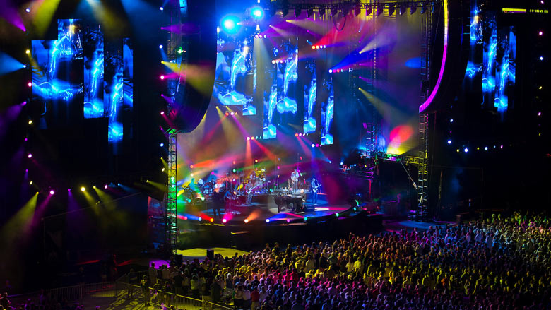 Billy Joel returned to Boston to perform at a sold out Fenway Park for the second consecutive year on July 16, 2015. (Photo by Michael Ivins/Boston Red Sox)