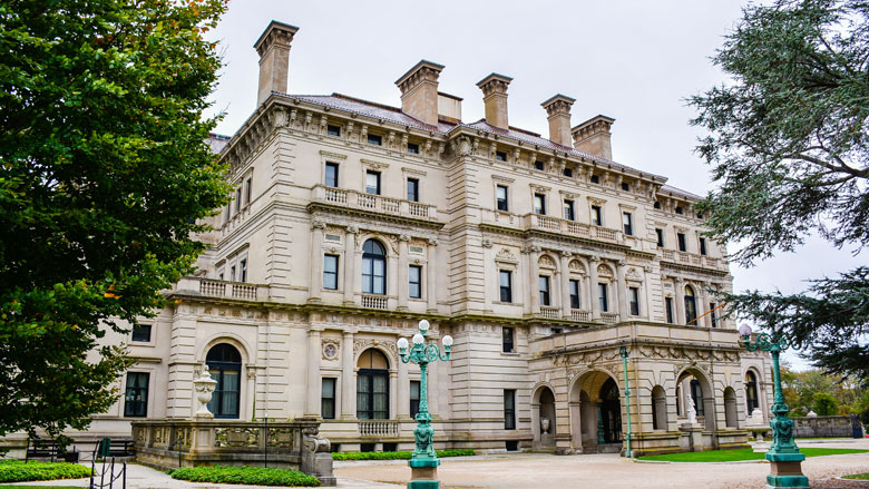 'The Breakers', a Vanderbilt Mansion in Newport, R.I. (Adobe Stock photo)