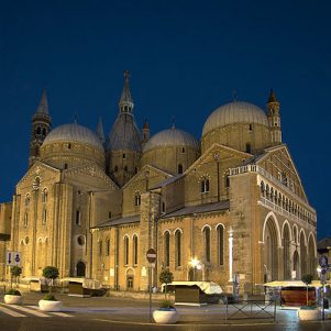 Church/State Flap Nixes School Chorus Easter Appearance at Italian Basilica