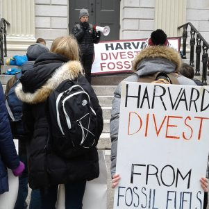 Harvard Students Shut Down University Hall