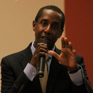 Setti Warren to Baker: Pick a Side in Senate Race