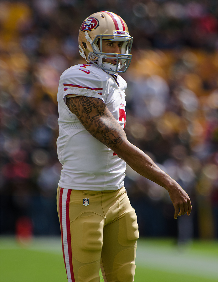 Colin Kaepernick Photo — San Francisco 49ers Uniform — Saved Tuesday 11-13-2017