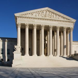 Judges Can't Rule After They Die, Supreme Court Says