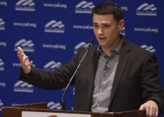 Ben Shapiro Photo — Outstetched Right Arm, Incredulous Look — for James P. Freeman Column — Saved Friday 4-13-2018