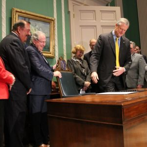 Massachusetts Governor Signs Bill Increasing Minimum Wage, Creating Paid Leave