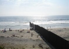 Border Wall Photo — Beach on Pacific Ocean — U.S.-Mexico Border — Wikipedia — Saved Friday 11-16-2018