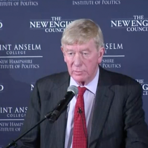 Bill Weld Taking On Trump,<br/>and Wants To Help Take Him Out