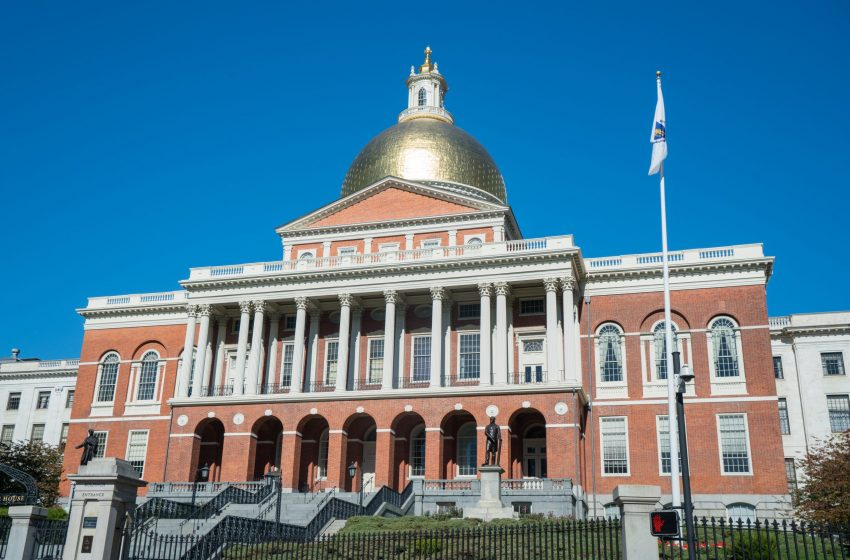Massachusetts House Passes Abortion Expansion Bill, 109-49; One Republican Votes Yes