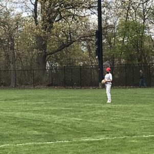 Outfielders, Vaccinated Fans Required To Wear Masks At High School Baseball Games in Massachusetts
